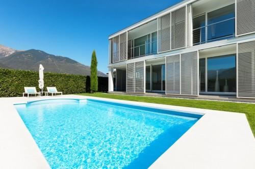 Construction et r novation de piscines ventes de for Construction piscine vaud